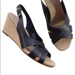 NEW UGG espadrille wedge black leather sandals 11